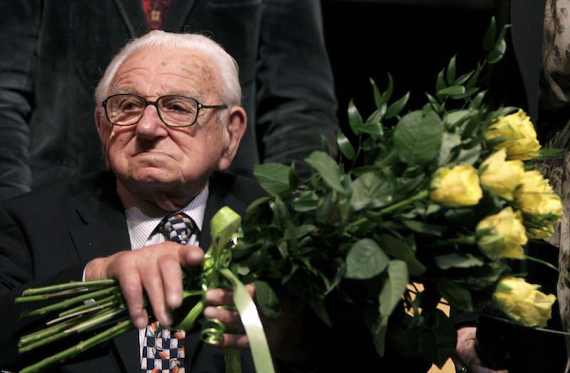 'Britain's Schindler' Sir Nicholas Winton can be honoured with postage stamp